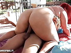 Plump porn clips - me fucking my mom